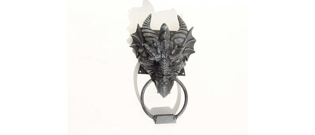 Knocker with dragon head 1